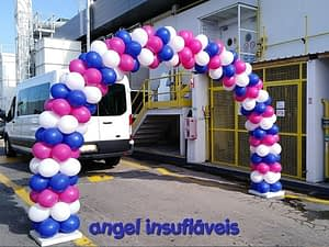 arco de balões festa faurecia