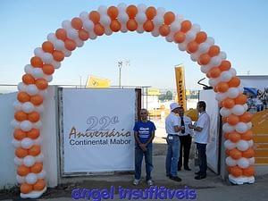 arco de balões festa continental