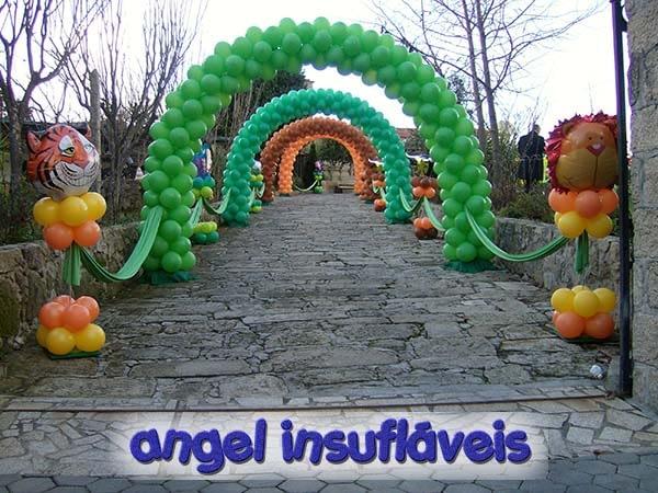 inicio angel insuflaveis decoração com balões para menino com tema animais